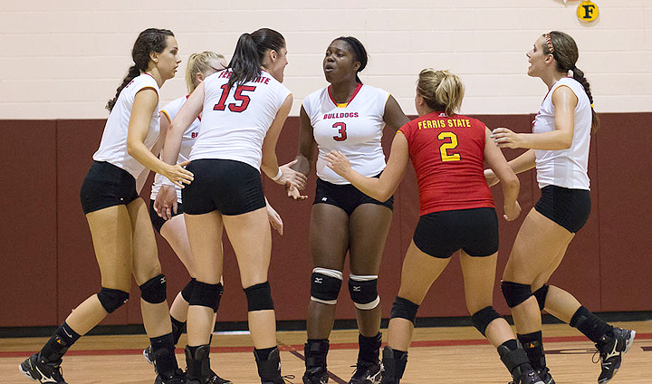 FSU Volleyball To Hold Youth Training Clinics