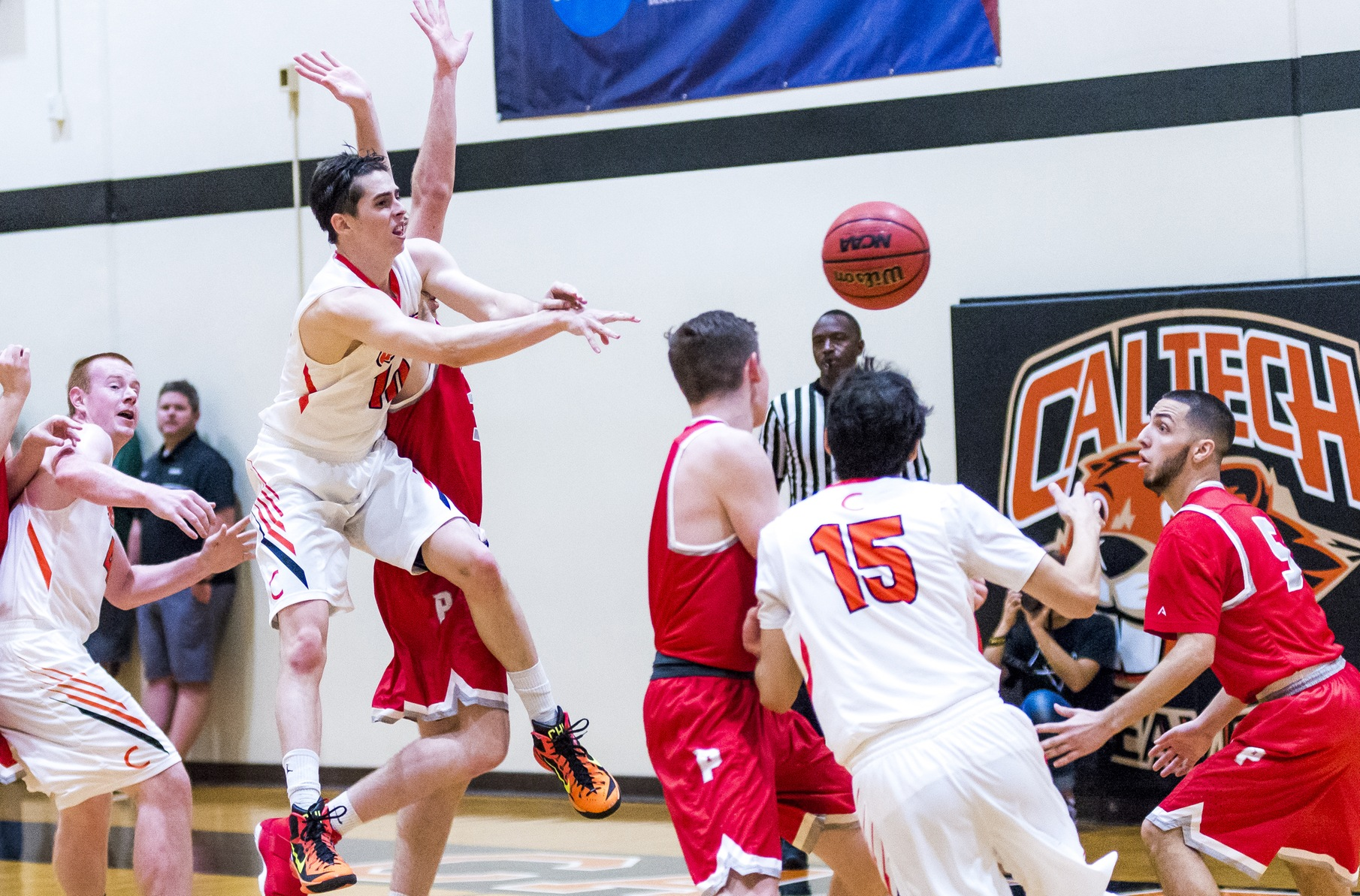 Andrews' Career Night Lifts Beavers at Whittier