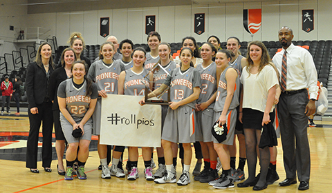 #8 Women's Basketball Rolls to NWC Tournament Championship With 75-59 Win Over George Fox