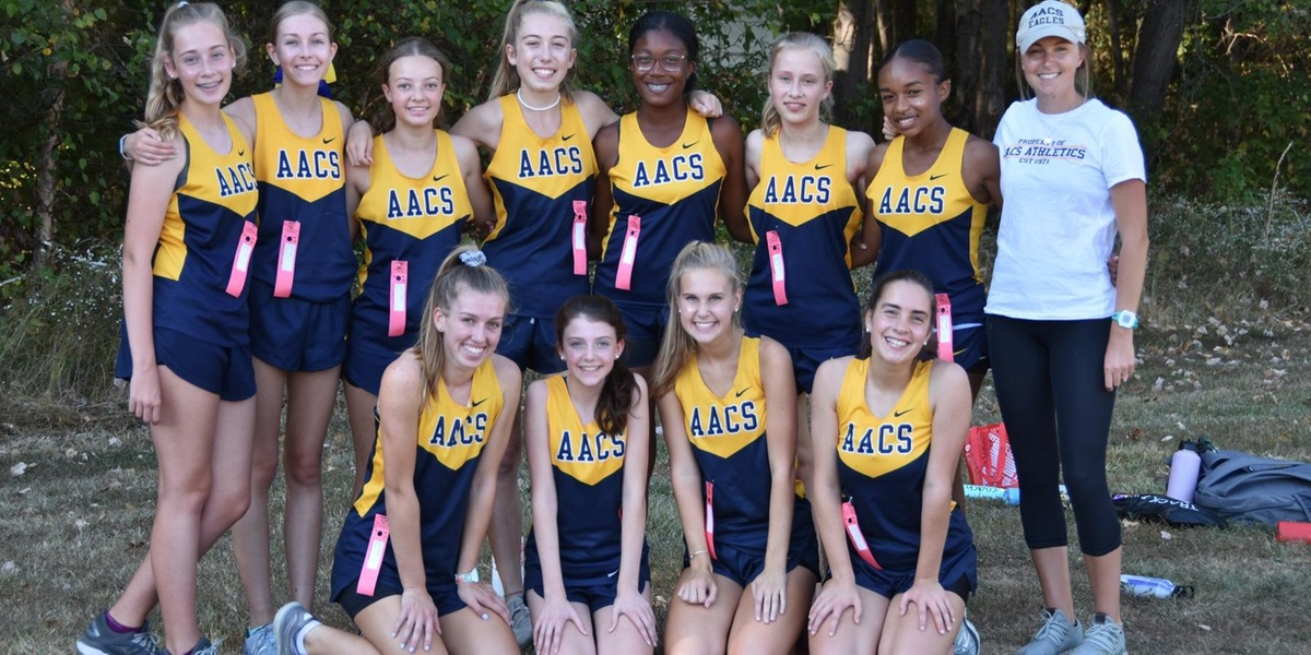 Girls Cross Country Defeats St. Paul's