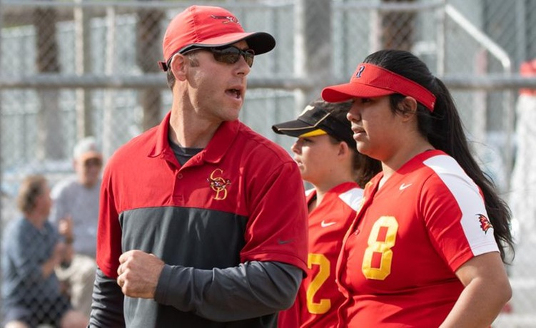 COD Softball sweeps games over Vaqueros and Rustlers, 7-5 & 12-4