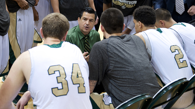 WINNERS OF FOUR STRAIGHT, MEN'S HOOPS TRAVELS TO EASTERN WASHINGTON