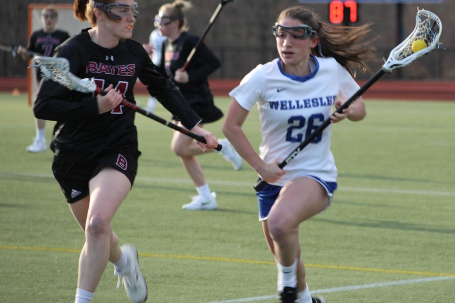 Sophomore Hannah Maisano scooped up three ground balls against No. 19 Colby (Miranda Yang).