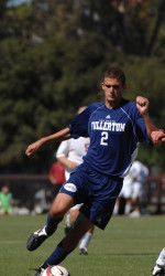 Keefe, M. Farfan's Late Goals Beat Riverside