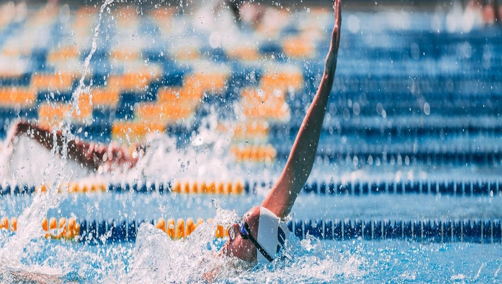 UCSB Falls to USC Despite Seven First-Place Finishes