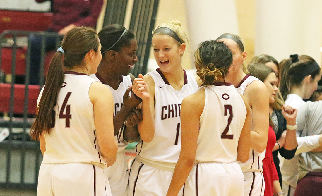 Obi, Lake Lead #16 UChicago Women's Hoops to 72-63 Win Over Emory