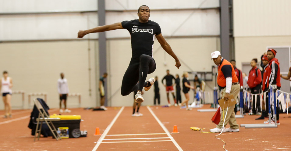Postwaite Cards All-American Performance in Triple Jump