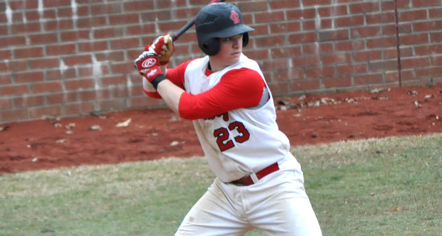 Lynchburg Baseball Splits at Methodist University Diamond Baseball Tournament