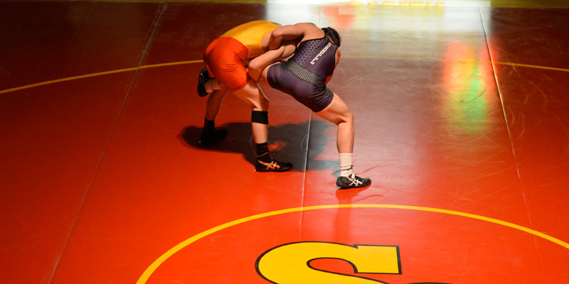 Berrian leads wrestling at competitive Luther Open
