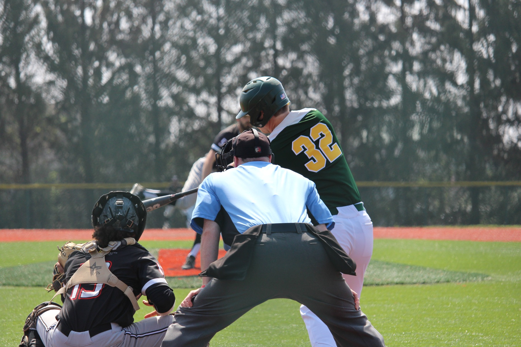 Cougars Swat Hornets To Earn Doubleheader Sweep