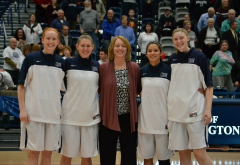 #7 UMW Women's Basketball Tops Stevenson, 64-30 to Move to 24-0