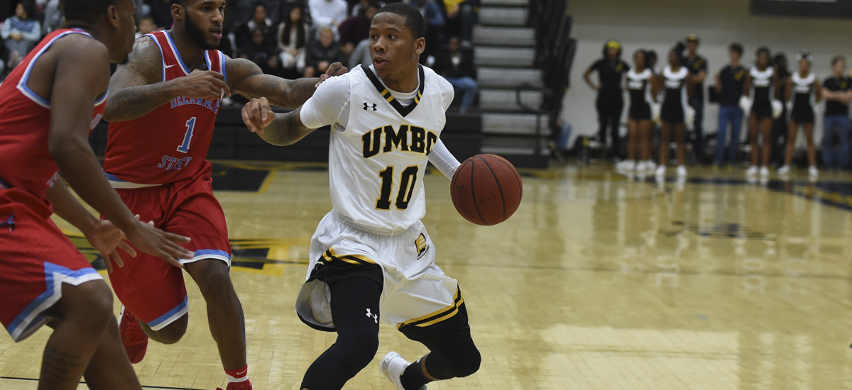 UMBC's Valiant Rally Falls Short at Vermont; Lyles, Darley Combine for 45 Points in 81-72 Setback