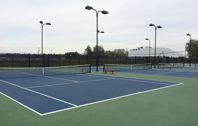Outdoor tennis courts at SU