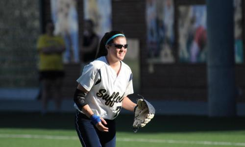 Softball Splits Doubleheader With Lasell