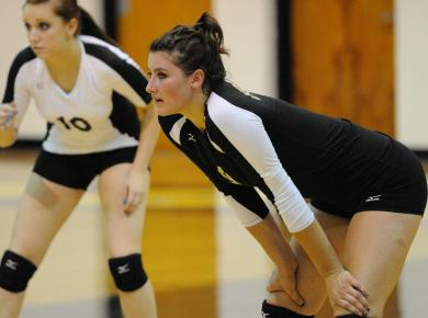 Lady Petrels Drop Home Match to Rhodes, 3-0
