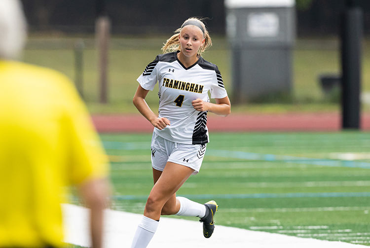 Women's Soccer Plays to 1-1 Draw with Becker
