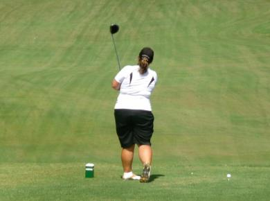 Lady Petrels Finish First Fall Event in 7th Place