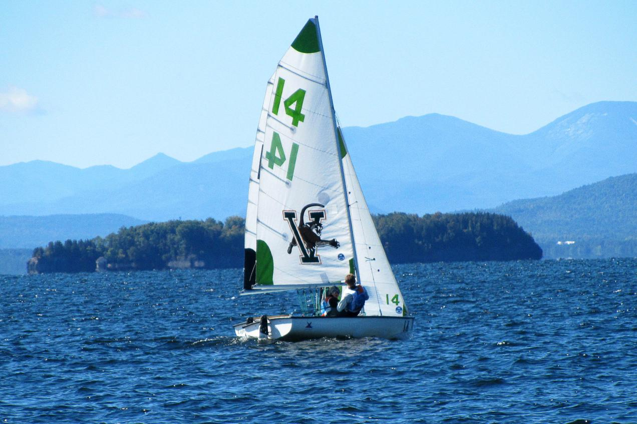 Bears 3rd, Fanning and Chicoine win B-Division at Lake Champlain Open