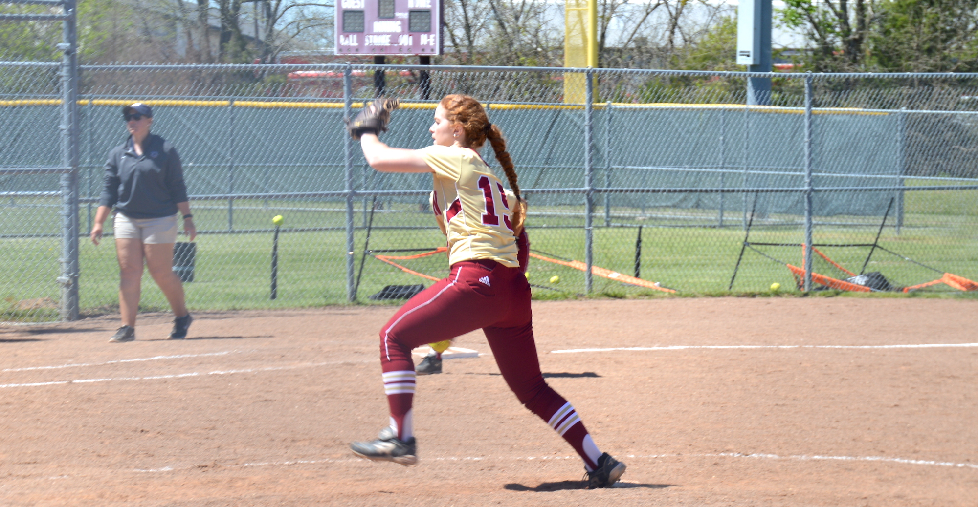 'Roo Softball Drops Pair to Hardin-Simmons