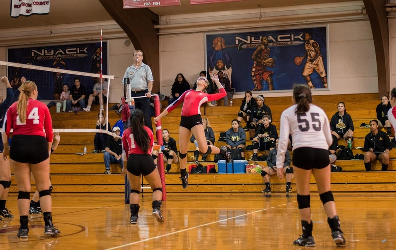 Women's Volleyball Falls In Heart-breaker to Caldwell