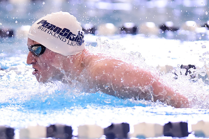 Men's Swimming and Diving Spreads the Wealth Against W&J