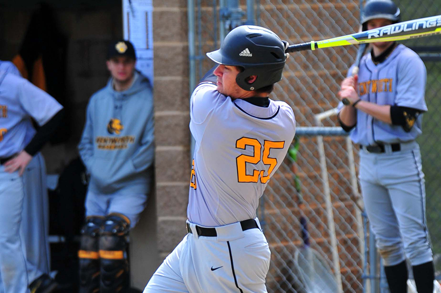 Baseball Opens Northern Schedule With Sweep of Fitchburg State