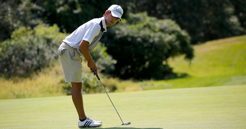 Golf Opens Season With Win at Mitchell