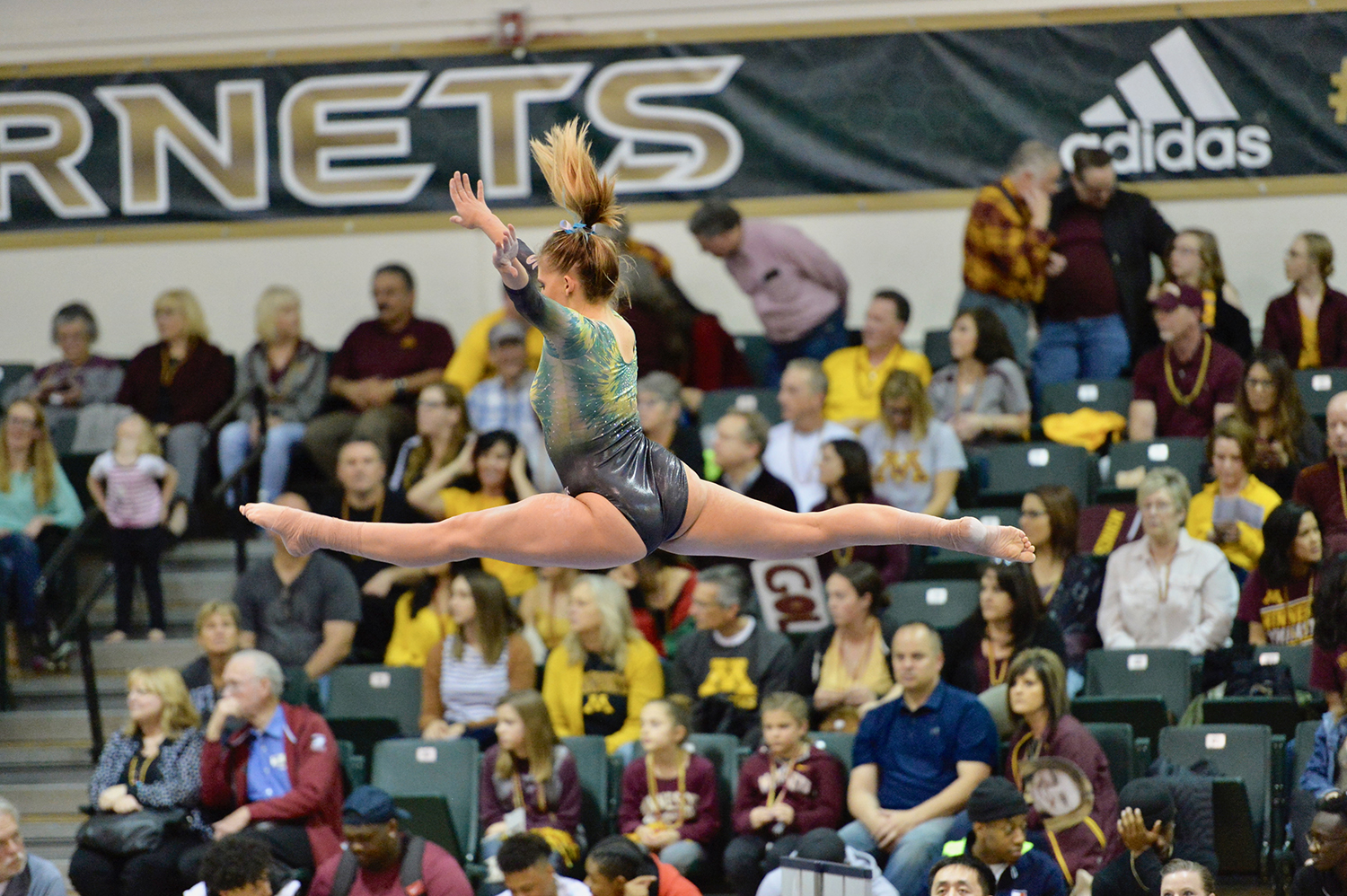 CAITLIN SOLIWODA SCORES SEASON HIGH IN ALL-AROUND AT NCAA REGIONAL