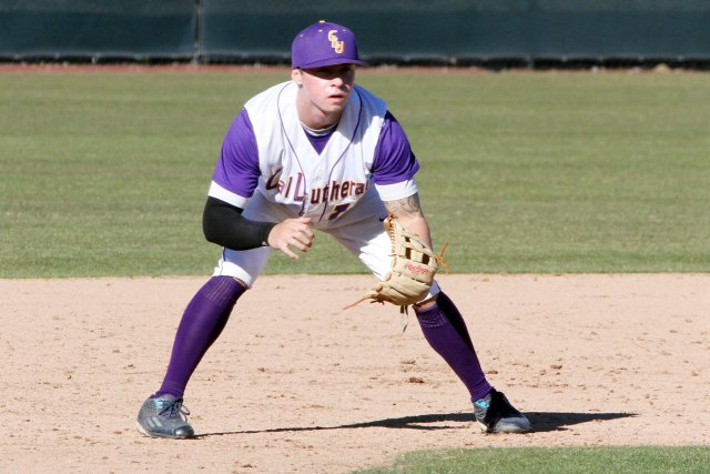 Leopards Steal Series from Kingsmen