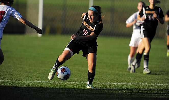 Women's Soccer blanks Washington College, 1-0