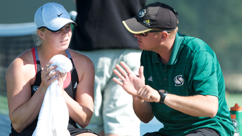 HRYNASHKA EARNS FIFTH BIG SKY WOMEN'S TENNIS COACH OF THE YEAR AWARD