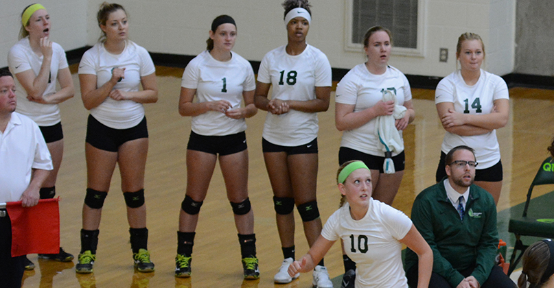 @DubC_Volleyball wins another OAC set