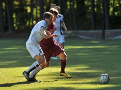 Petrels Lose Tough One to Hendrix, 1-0