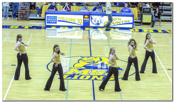 Mount St. Joseph University Dance team announces summer tryouts