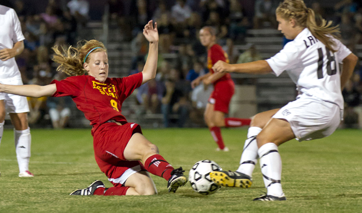 Ferris Women's Soccer Shutouts Notre Dame College In Key Win