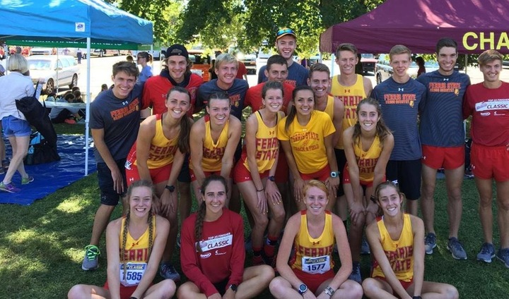 Bulldog Cross Country Competes In One Of Nation's Largest Events In Louisville