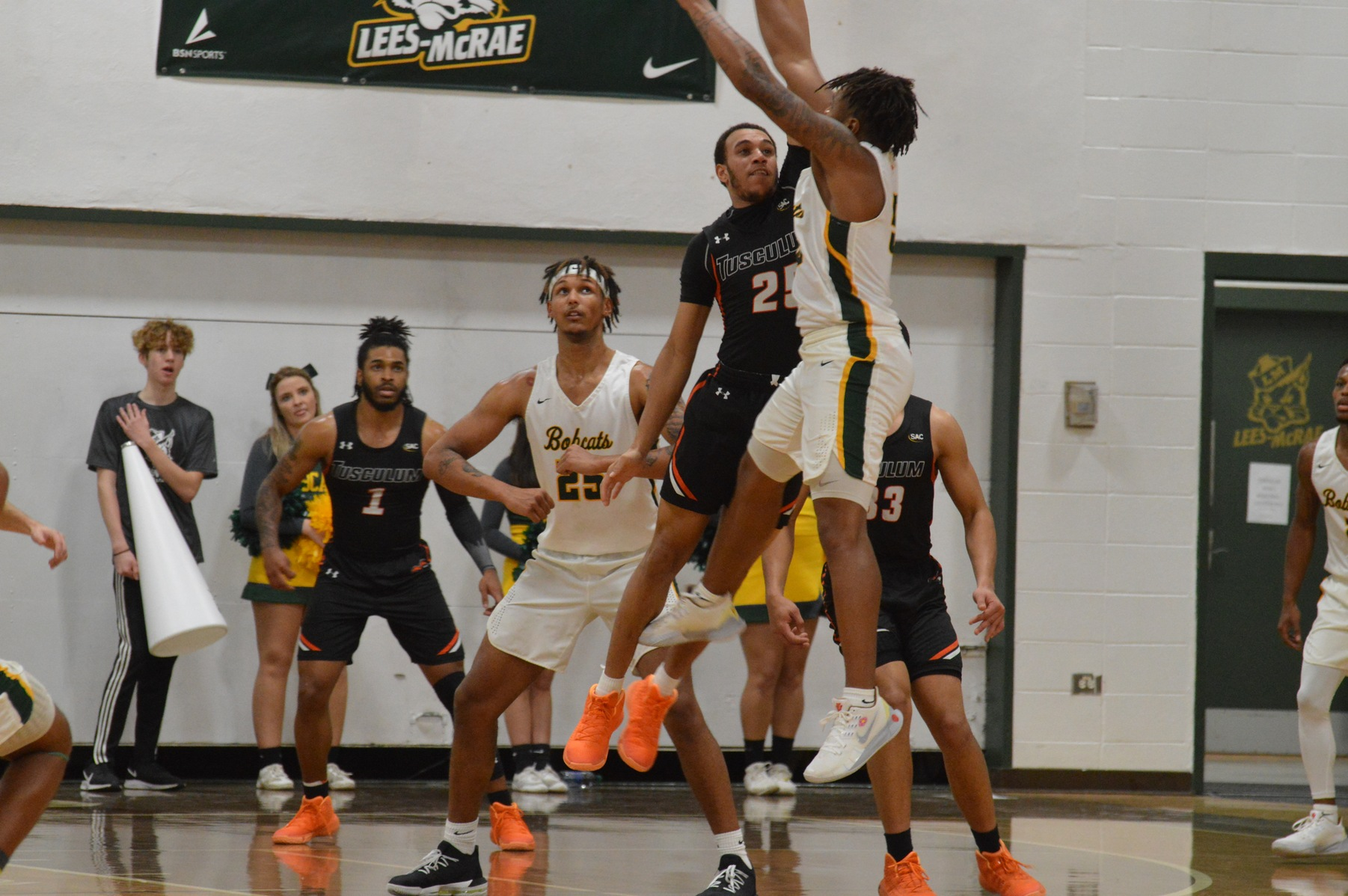 Pioneers suffer first road loss in 87-75 setback at Lees-McRae