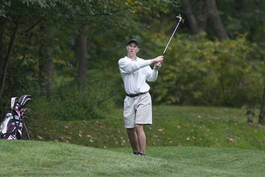 Men's Golf finishes season seventh at Centennials