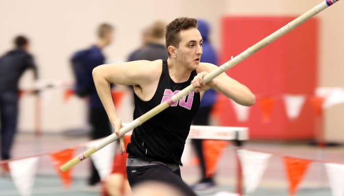 Men's Indoor Track and Field competes at the Dr. William Taraschke Classic