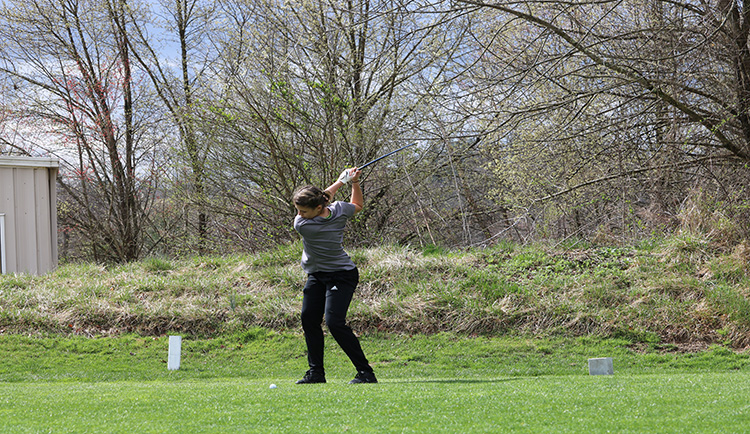 Mars Hill finishes day one of Coker Spring Invitational in ninth