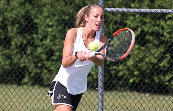 Women's Tennis Downed by 42nd-Ranked Stonehill in NE10 Opener