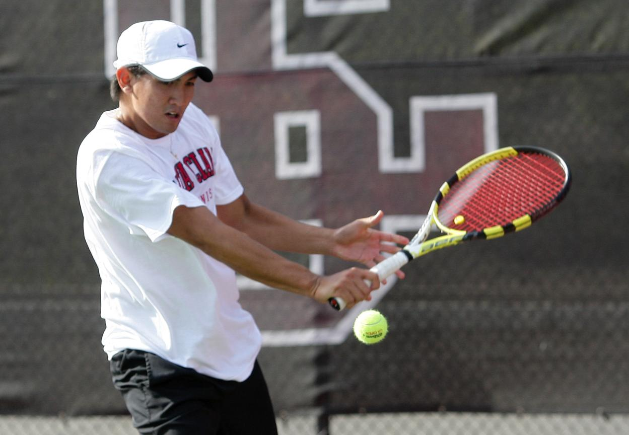 SCU Men's Tennis Blanks Nevada to Extend Home Streak