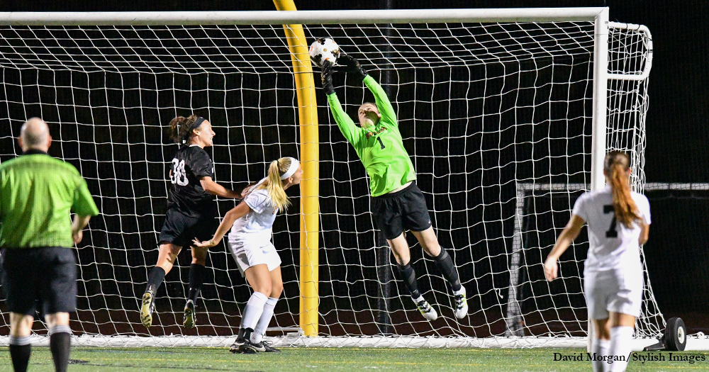 Women's Soccer Deadlocked With Dutchmen