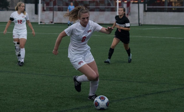 Horton Lifts Women's Soccer Past WLC, 1-0
