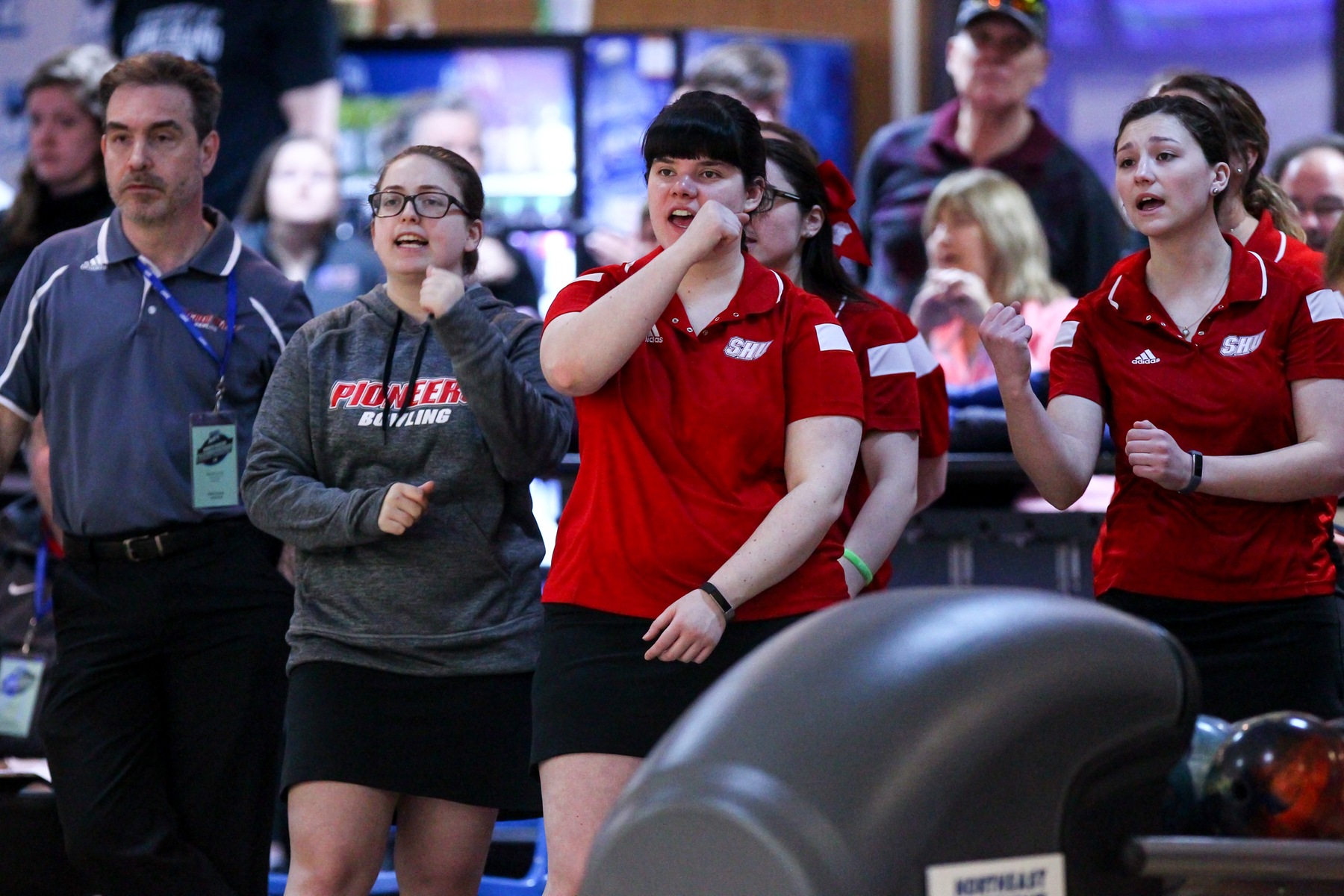 Women's Bowling Goes 2-4 At First NEC Bowling Meet