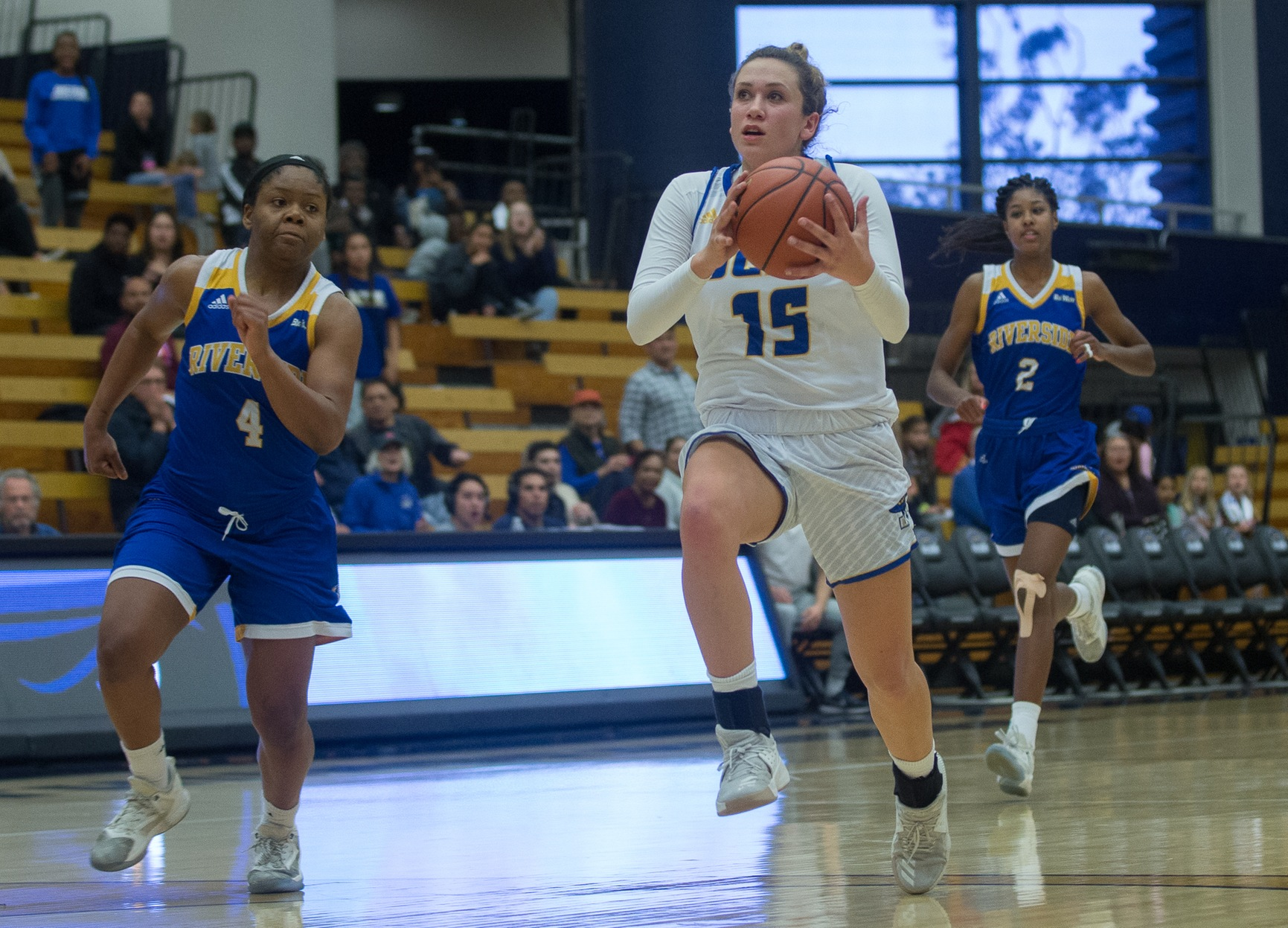 Hot Start Sees Gauchos Top CSUSB 70-53 in Season-Opening Exhibition