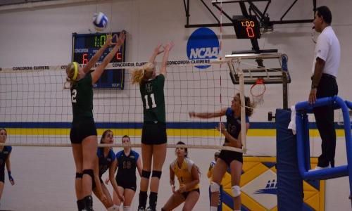 Deacons Edge Clippers in Close Match, 3-2