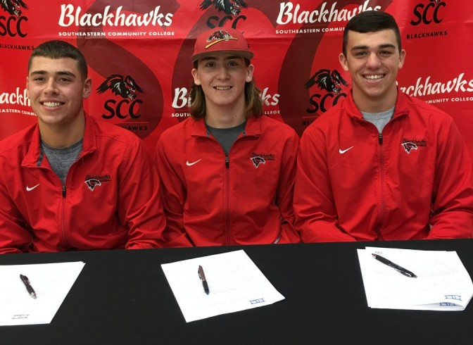 Photo for Three Blackhawks Sign Division One