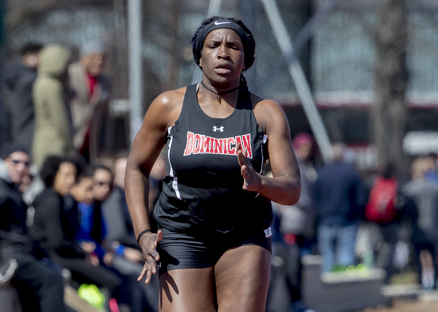 WOMEN'S TRACK COMPETE AT QUEENSBOROUGH RELAYS