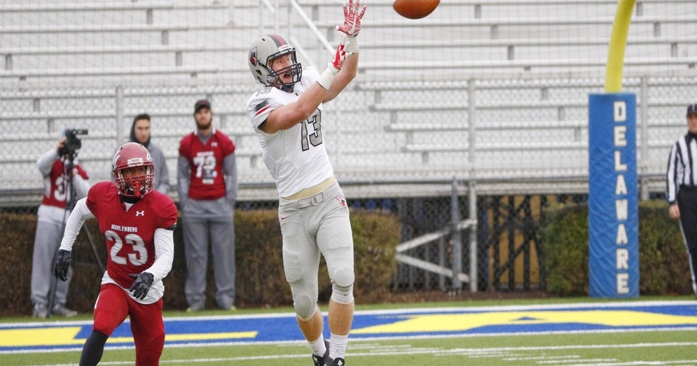 Football Falls 32-6 to Muhlenberg in 2017 ECAC Asa S. Bushnell Bowl